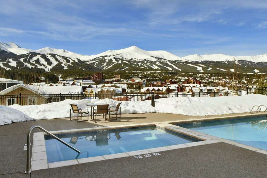 Marriott's new slopeside Residence Inn offers big comfy suites, eclectic music curated by staff and breathtaking mountain views from its outdoor pool and hot tub deck. Photo: Robin Soslow / For The Express-News