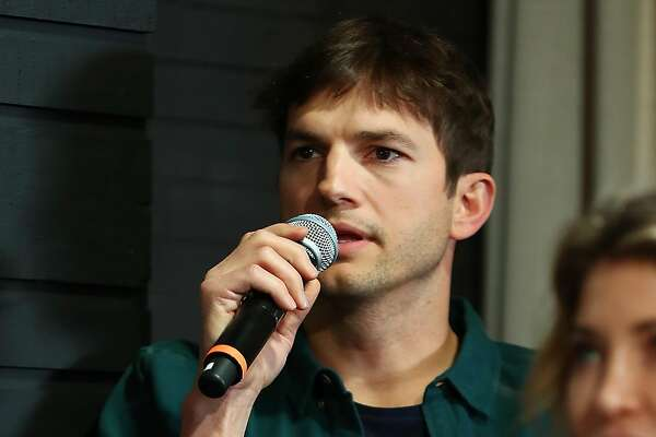 AUSTIN, TX - MARCH 10: Ashton Kutcher speaks onstage at the Sound Ventures Tech Competition, PerfectPitch, at SXSW at Hotel Van Zandt on March 10, 2018 in Austin, Texas. (Photo by Joe Scarnici/Getty Images for Sound )