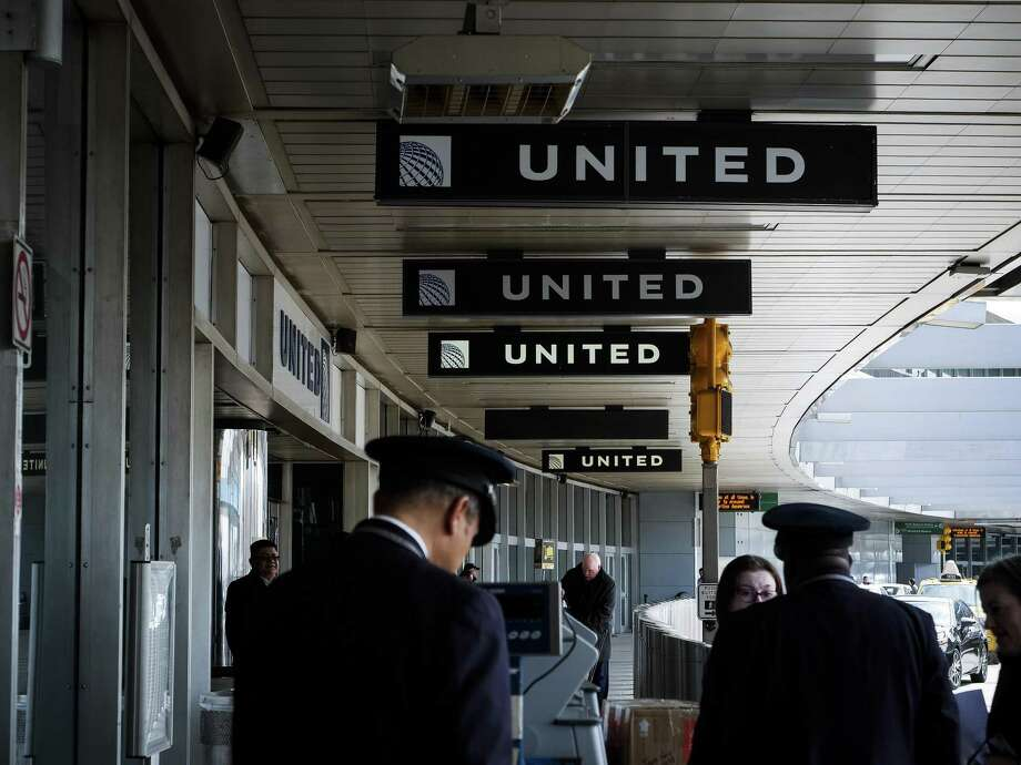 FILE -- The United Airlines section of LaGuardia airport in New York, April 14, 2017. Gamelike methods can effectively motivate workers, in the right circumstances. But sometimes, like when United Airlines announced that it was replacing a standard bonus with a lottery that would give nothing to most of its workers while awarding lavish prizes to a few lucky winners, they can also be alienating. Photo: JOHN TAGGART /NYT / NYTNS