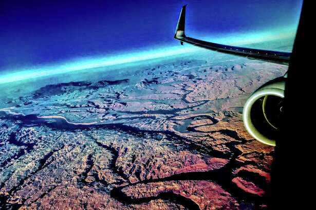 Flying over southern Utah canyon country on a Chicago-LAX nonstop on United