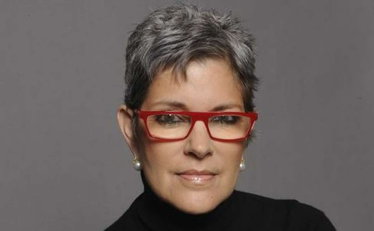 Mary Lou Castellanos