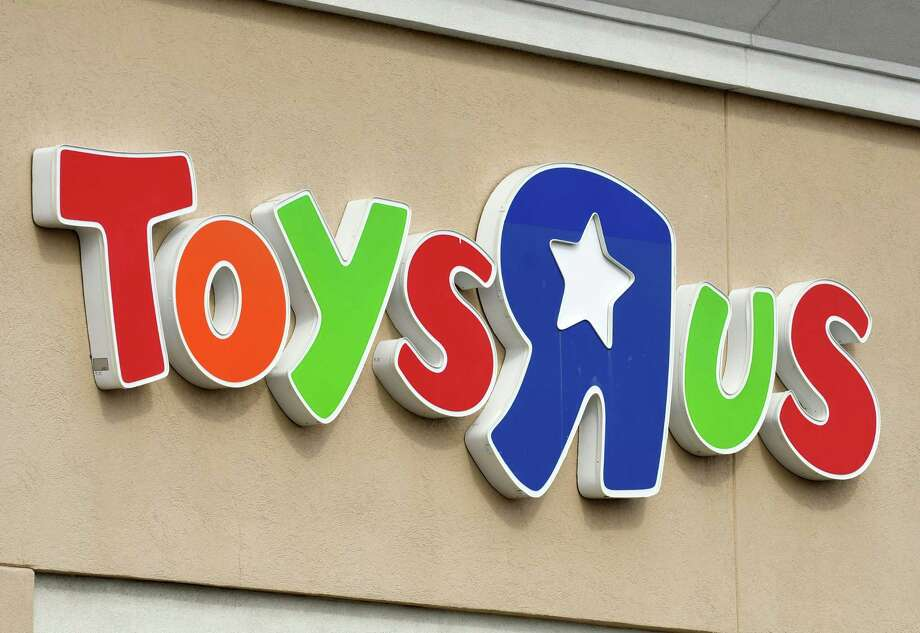 Exterior sign on the Wolf Rd. Toys R Us store  on Monday, March 12, 2018, in Colonie, N.Y. (Will Waldron/Times Union) Photo: Will Waldron / 20043193A