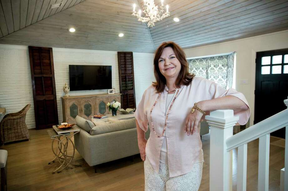 Kalinsky incorporates her own style into the homes she flips, but also tries to include current design and architectural trends popular with the public. Photo: Brett Coomer, Staff / © 2018 Houston Chronicle