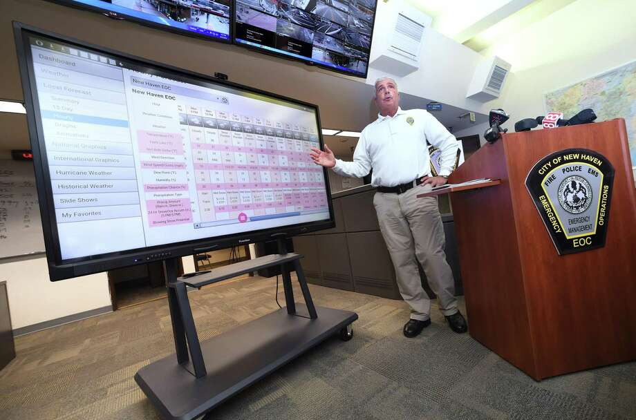 Office of Emergency Management Director Rick Fontana talks about expected snowfall amounts during a meeting in the Emergency Operations Center in New Haven on March 12, 2018. Photo: Arnold Gold / Hearst Connecticut Media / New Haven Register
