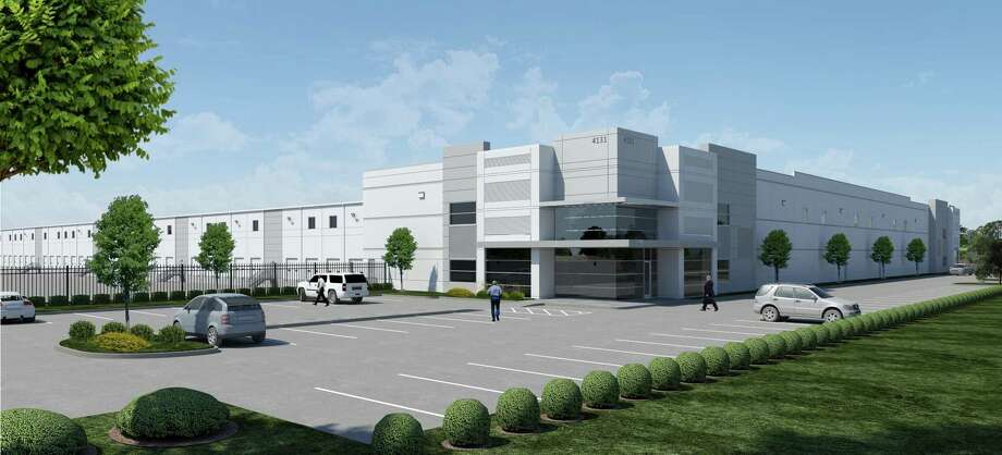 Slate Construction recently broke ground on Bayport III Phase II for Carson Cos. A 207,000-square-foot conventional steel cross-dock tilt wall warehouse is one of four buildings planned. Photo: Seeburger Architecture