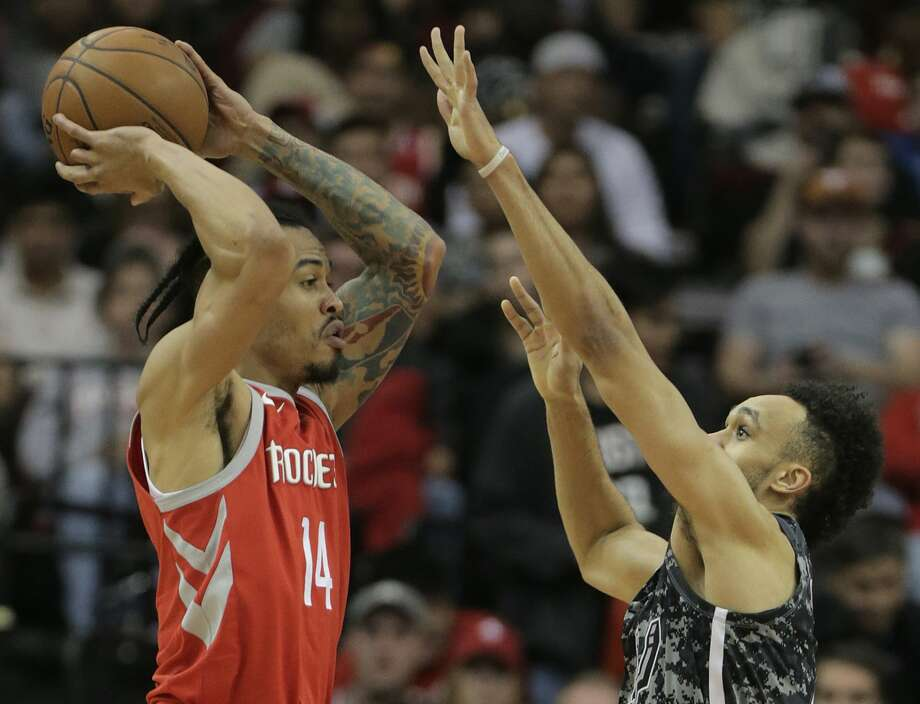 Houston Rockets guard Gerald Green (14) looks for an open teammate in the first half of game action against San Antonio Spurs at the Toyota Center on Monday, March 12, 2018, in Houston. ( Elizabeth Conley / Houston Chronicle ) Photo: Elizabeth Conley/Houston Chronicle