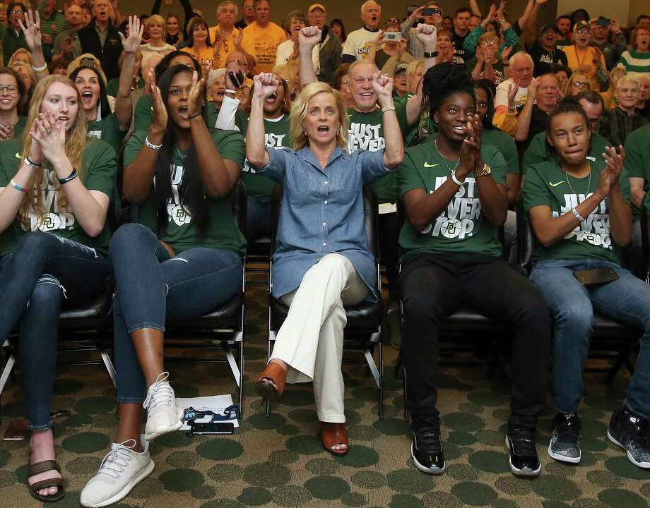 Coach Kim Mulkey, center and her Baylor players appear to be fine with not receiving a No. 1 seed after going 31-1 and winning the Big 12 regular-season and tournament championships. They are the No. 2 seed in the Lexington Regional. Photo: Jerry Larson, MBO / Waco Tribune-Herald