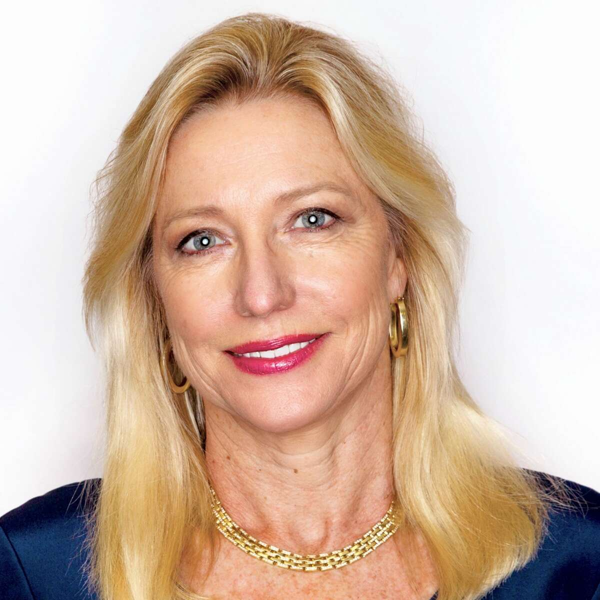 Amanda Brock is the founder of Water Standard and chief commercial officer of Solaris Midstream. She was invited to the White House in 2015 and 2016 to participate in the US Water Initiative. She serves on the Boards of Cabot Oil & Gas, Water Standard, Texas Business Hall of Fame, among other boards.
