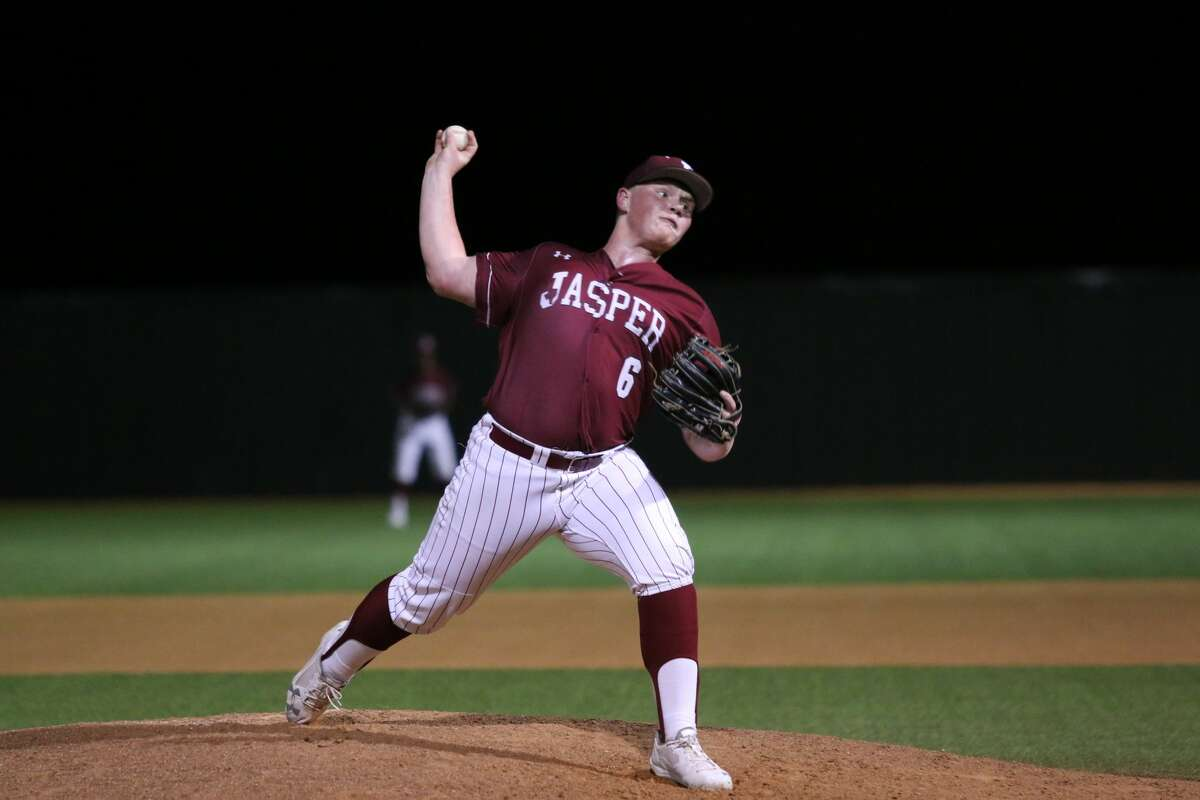 The Jasper Bulldogs Varsity baseball team faced the Monsignor Kelly Catholic team on March 6. The Dawgs are currently 11-4-0.