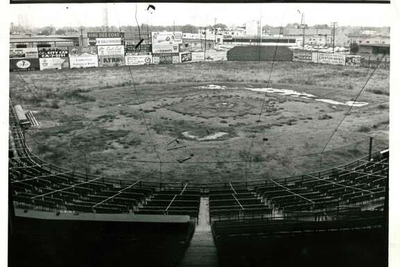 03/1963 - Busch Stadium, formerly known as Buffalo Stadium, is no longer in use. The stadium was the scene for many Houston Buffs baseball games. Only outline of once plush diamond remains. Busch Stadium was scene of many Buff baseball battles. Dan Hardy / Houston Post  HPOST CAPTION (03/15/1963): ONLY OUTLINE OF ONCE PLUSH DIAMOND REMAINS. Busch Stadium Was Scene of Many Buff Baseball Battles.