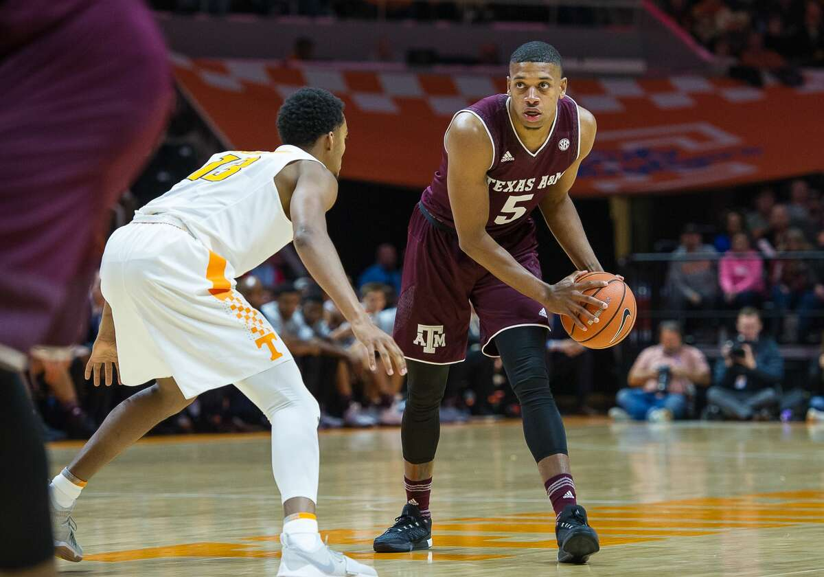 LOCAL PLAYERS IN THE NCAA TOURNAMENT TEXAS A&M Savion Flagg, Alvin 6-7, freshman, guard Flagg mostly comes off the bench, although he did start two conference games. He's averaging 4.3 points and 3.6 rebounds per game.