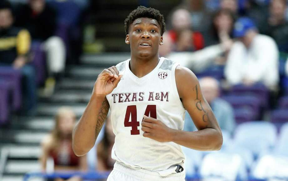 Texas A&M's Robert Williams runs down the court against the Alabama Crimson Tide during the second round of the 2018 SEC Basketball Tournament at Scottrade Center on March 8, 2018 in St Louis, Missouri. Photo: Andy Lyons /Getty Images / 2018 Getty Images