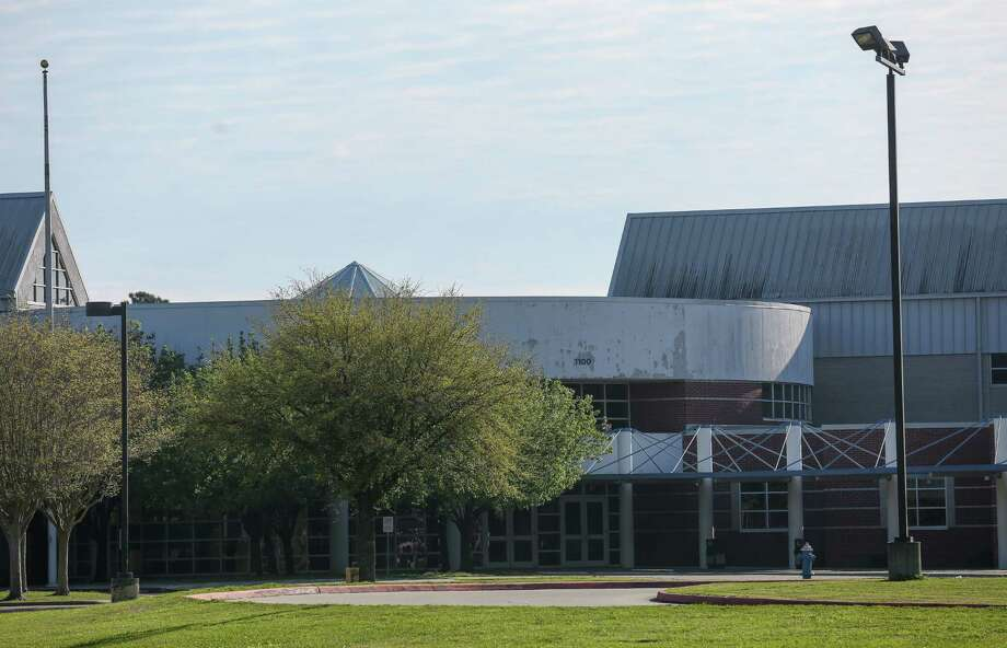 A family member of an employee at Channelview High School is under quarantine for or Coronavirus, according to Channelview ISD. Photo: Godofredo A. Vasquez, Houston Chronicle