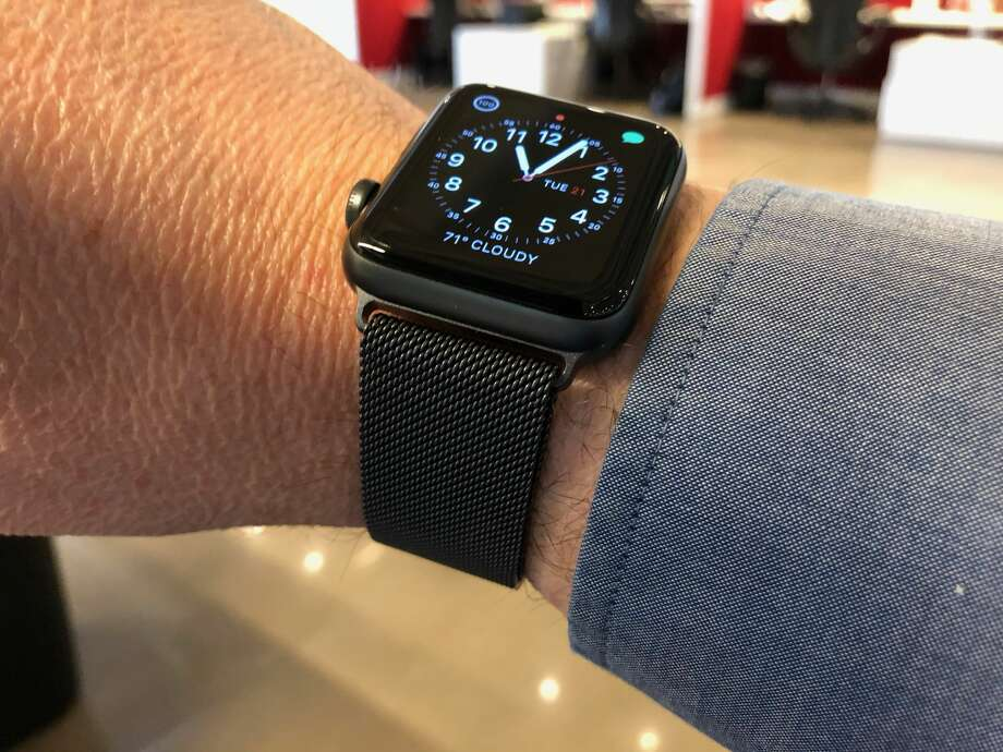 A third-party Milanese loop watchband for Apple Watch. Photo: Dwight Silverman / Houston Chronicle