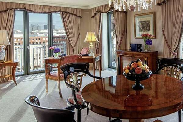 A corner suite in the Regent Berlin. (Image: Regent Hotels)