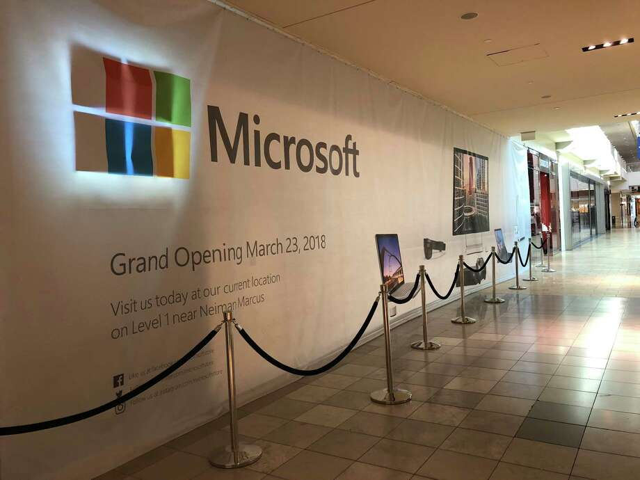 The Galleria Microsoft store will move to this location, one door down from the Apple Store, on March 23, 2018. The storefront of the Apple store can be seen in the far right of the photo Photo: Dwight Silverman, Houston Chronicle