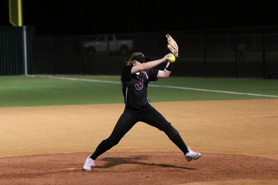 The Jasper High School Varsity Girls softball team is enjoying a strong run this season. Photo: Jaspernewsboy.com