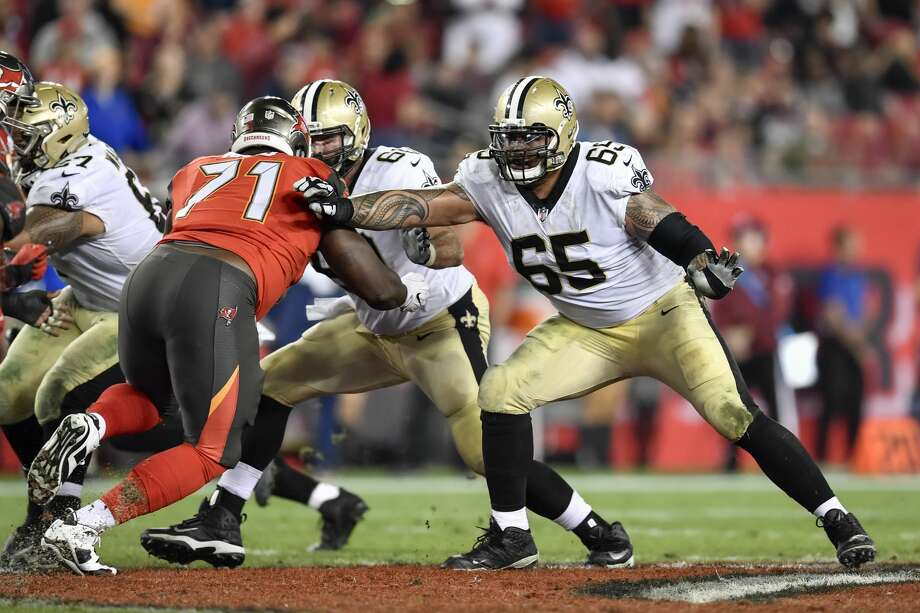 TAMPA, FL - DECEMBER 31: New Orleans Saints guard/center Senio Kelemete (65) in pass protection during the second half of an NFL game between the New Orleans Saints and the Tampa Bay Buccaneers on December 31, 2017, at Raymond James Stadium in Tampa, FL. The Bucs defeated the Saints 31-24. (Photo by Roy K. Miller/Icon Sportswire via Getty Images) Photo: Icon Sportswire/Icon Sportswire Via Getty Images