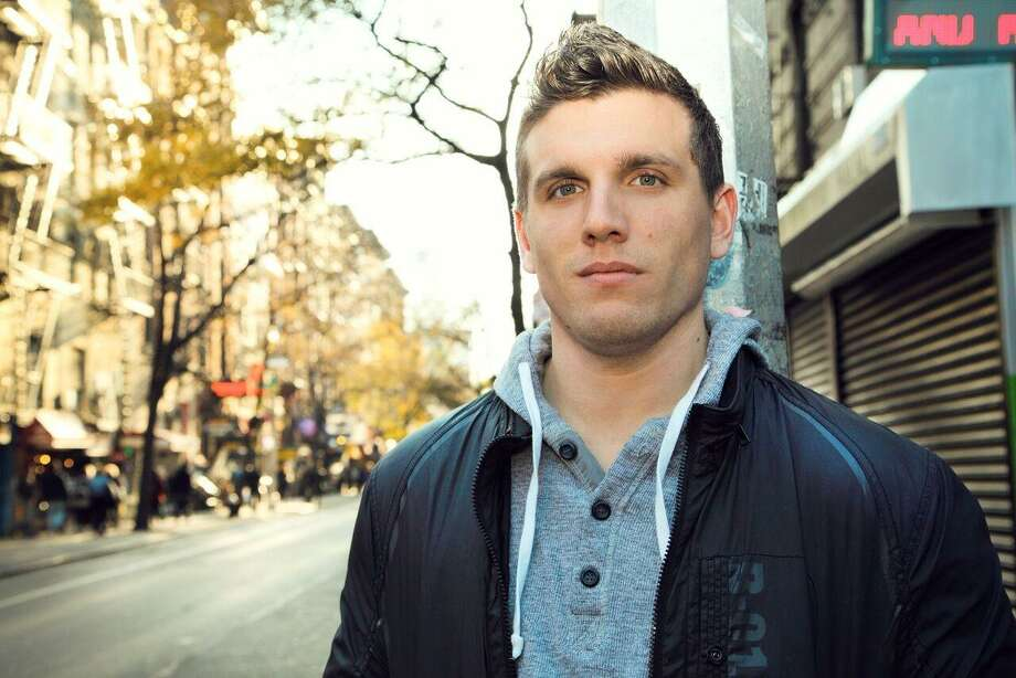 Chris Distefano brings his stand-up show to Comix Mohegan Sun March 22-24 for four performances. Photo: Comix / Contributed Photo
