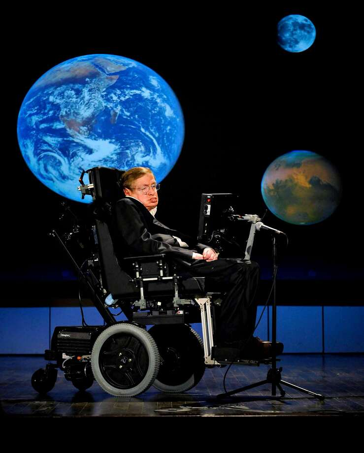 Stephen Hawking gives a talk during NASA's 50th anniversary celebrations at George Washington University in April 2008. Photo: PAUL E. ALERS, NYT
