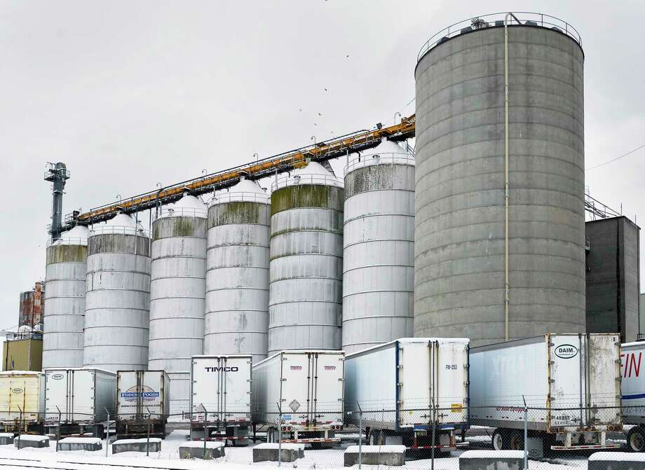 Grain elevators at the Port of Albany Wednesday March 14, 2018 in Albany, NY.  (John Carl D'Annibale/Times Union) Photo: John Carl D'Annibale / 20043222A
