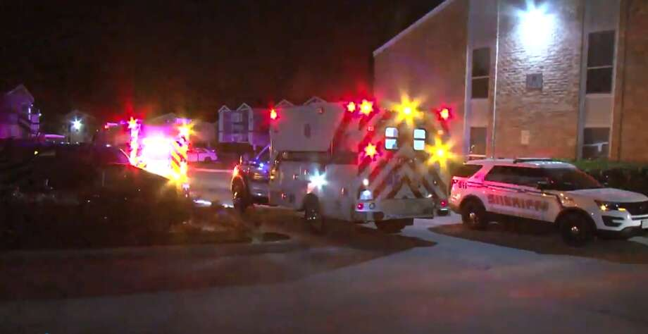 One man was shot and robbed outside of his apartment, 905 Cypress Station, Thursday, March 15, 2018. Photo: Metro Video