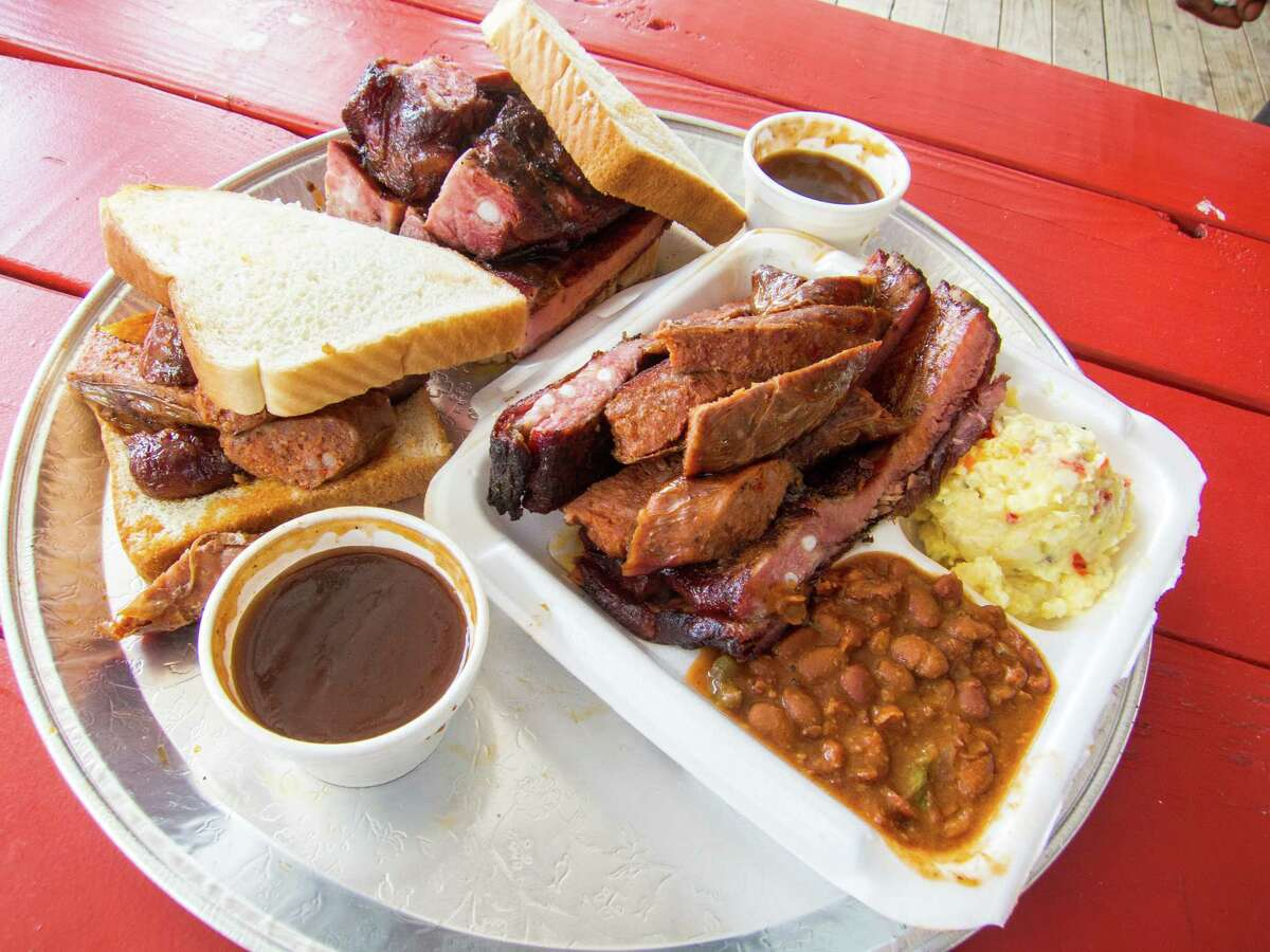 Links and ribs plate and sandwiches at Burns Original BBQ.