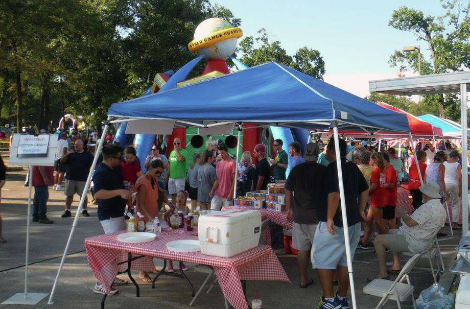 The community turns out for Atascocita United Methodist Church's 2017 Back 2 School Bash. Photo: Courtesy Of Atascocita United Methodist Church Facebook Page