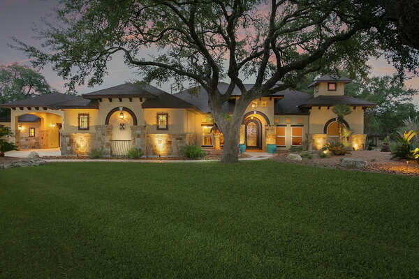 Sponsored by Kris Kroll of Keller Williams San Antonio     VIEW DETAILS for 354 Rio Azul, Pipe Creek, TX 78063    MLS: #1297137