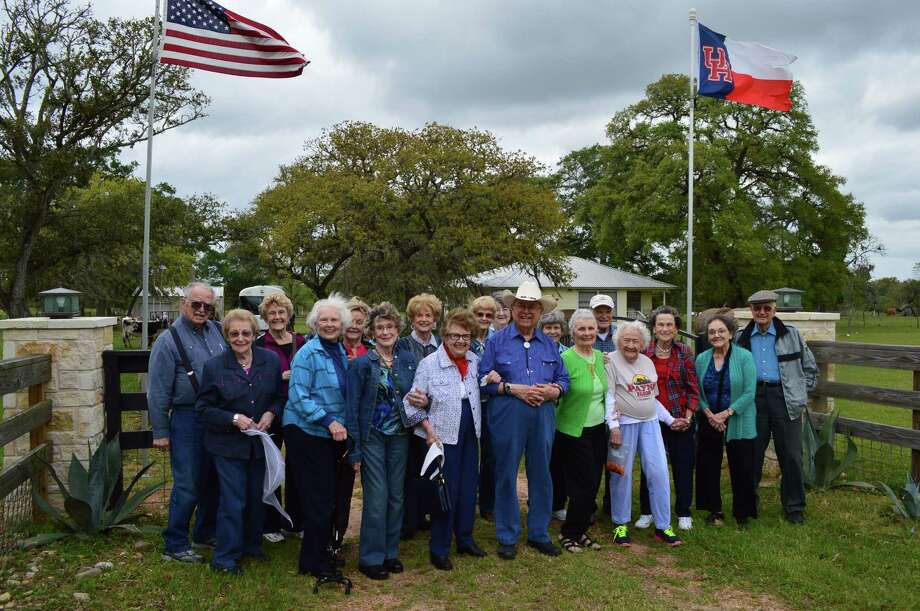 Parkway Place residents take spring trips to the country to see the bluebonnets and wildflowers.