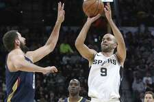 Tony Parker hits a buzzer beater shot to end the first quarter as the Spurs host New Orleans at the Alamodome on March 15, 2018.