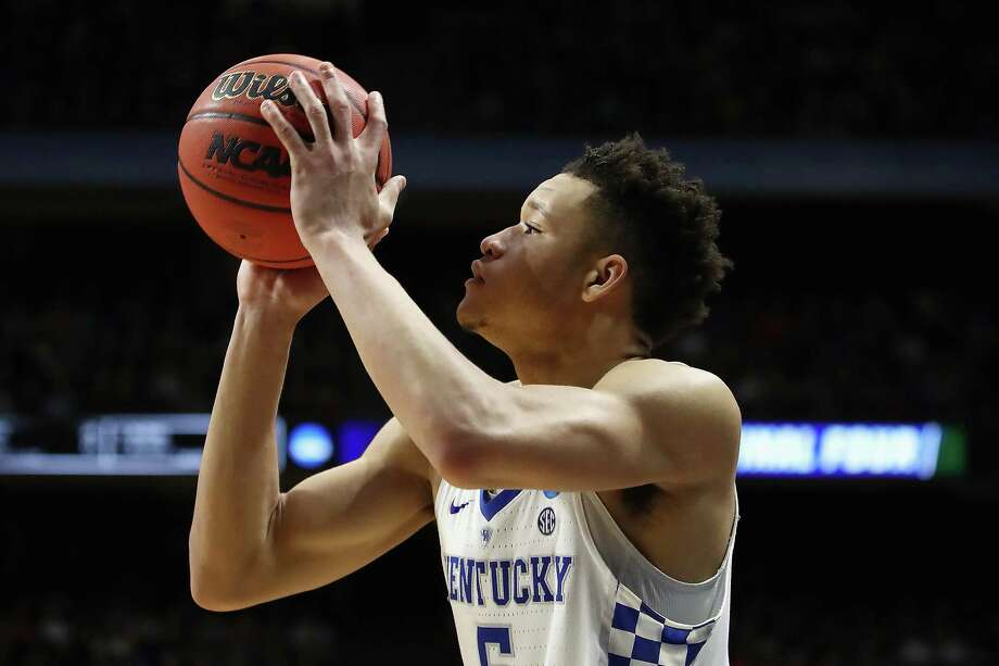 BOISE, ID - MARCH 15:  Kevin Knox #5 of the Kentucky Wildcats shoots the ball in the second half against the Davidson Wildcats during the first round of the 2018 NCAA Men's Basketball Tournament at Taco Bell Arena on March 15, 2018 in Boise, Idaho.  (Photo by Ezra Shaw/Getty Images) Photo: Ezra Shaw / 2018 Getty Images