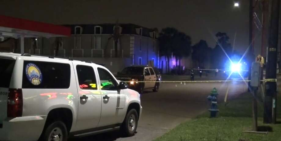 A man was shot three times in the 800 block of Maxey on Thursday, March 15, 2018. Photo: Metro Video
