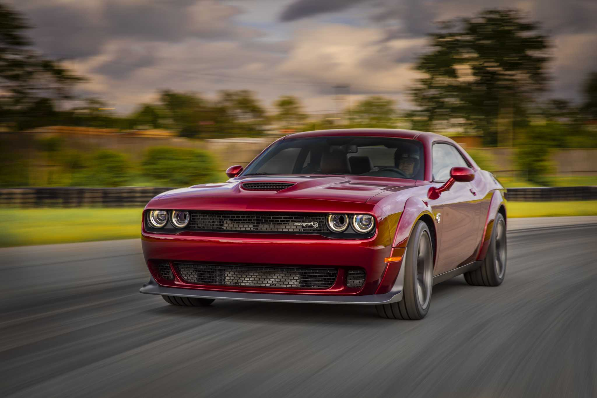 Demon Jr.: Challenger Hellcat Widebody's bigger tires pay big track dividends