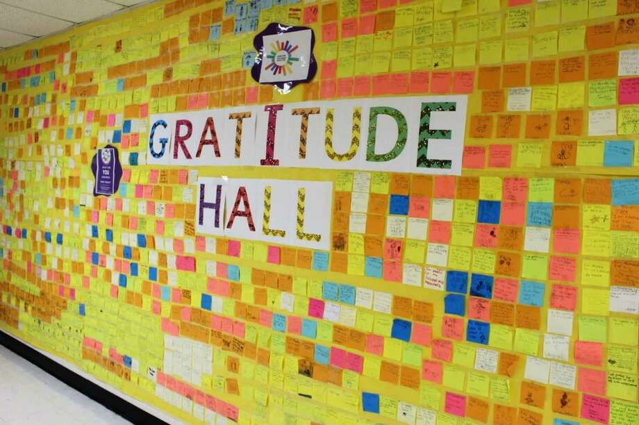Students at Predendergast School in Ansonia share gratitude Photo: Jean Falbo-Sosnovich