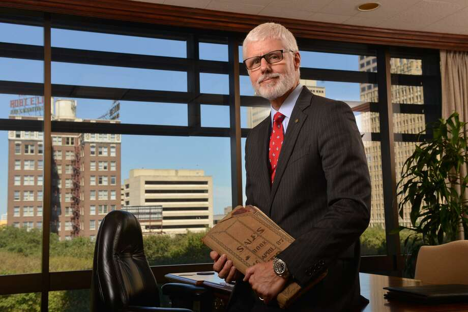 "Phil Green, chairman and CEO of Cullen/Frost Bankers Inc., parent company of Frost Bank, said the bank is ""working very hard to make things right"" after discovering that someone gained unauthorized access to digital check images. Photo: Robin Jerstad /San Antonio Express-News"