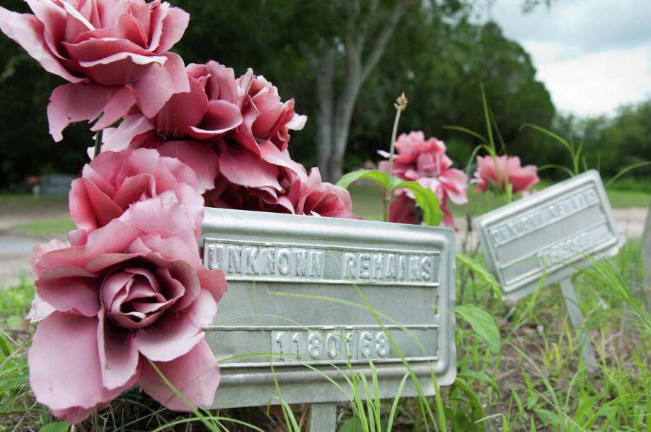 Border missing people remains are buried at Falfurrias Sacred Heart Cemetery in Brooks County, Texas near the border of Mexico. Photo: Olivia P. Tallet