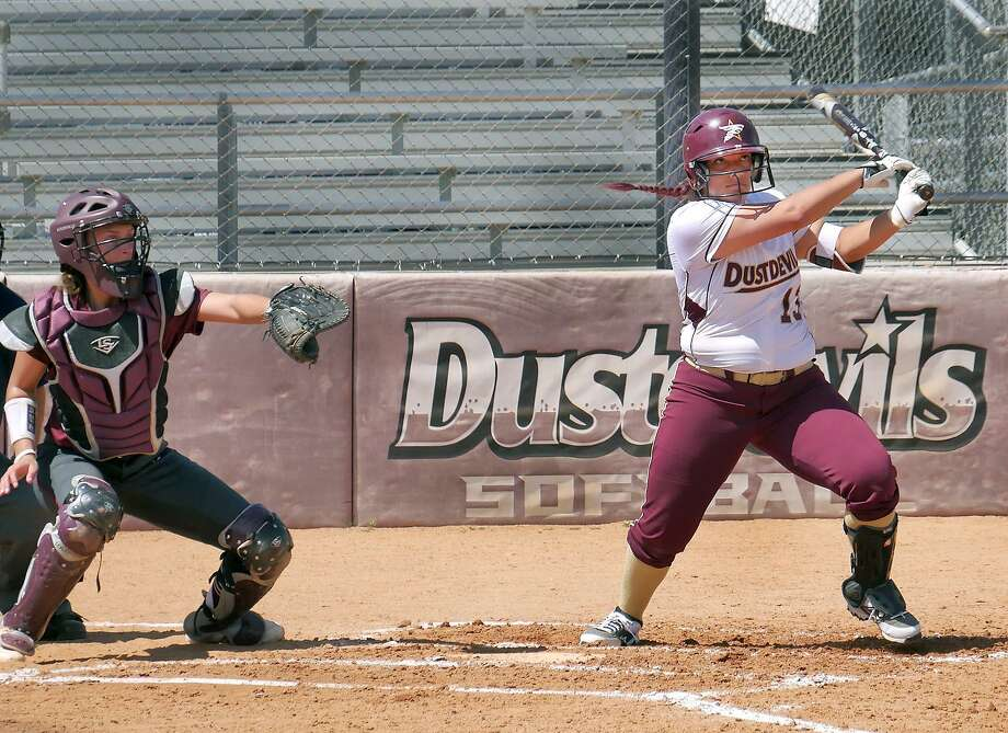 First baseman Brandi Giles had TAMIU's lone hit and RBI in a 2-1 loss at St. Mary's Friday to begin a doubleheader. The Dustdevils were also knocked off 5-3 in the second outing. Photo: Cuate Santos /Laredo Morning Times File / Laredo Morning Times