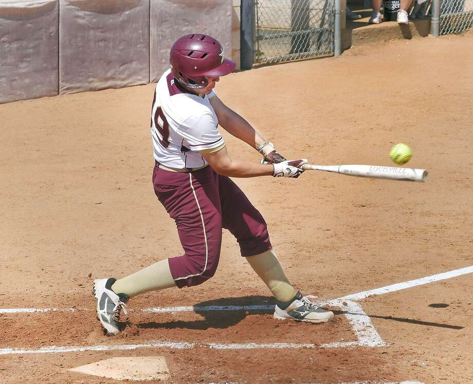 Maya Paul had three of TAMIU's 14 hits Saturday in an 11-1 win over Adams State in the Angelo State University George & Ola McCorkle Challenge. Photo: Cuate Santos /Laredo Morning Times File / Laredo Morning Times