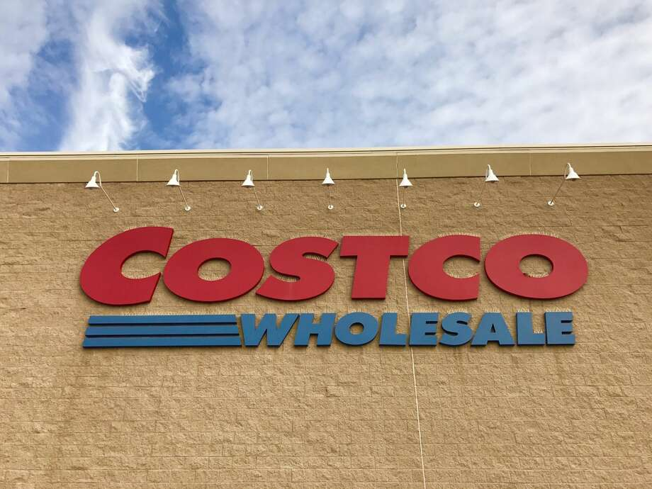 The 2018 Costco Black Friday ad has arrived! While stores are closed on Thanksgiving, the wholesale club will offer exclusive savings online throughout the day. Click ahead to see the deals.  Photo: Business Insider
