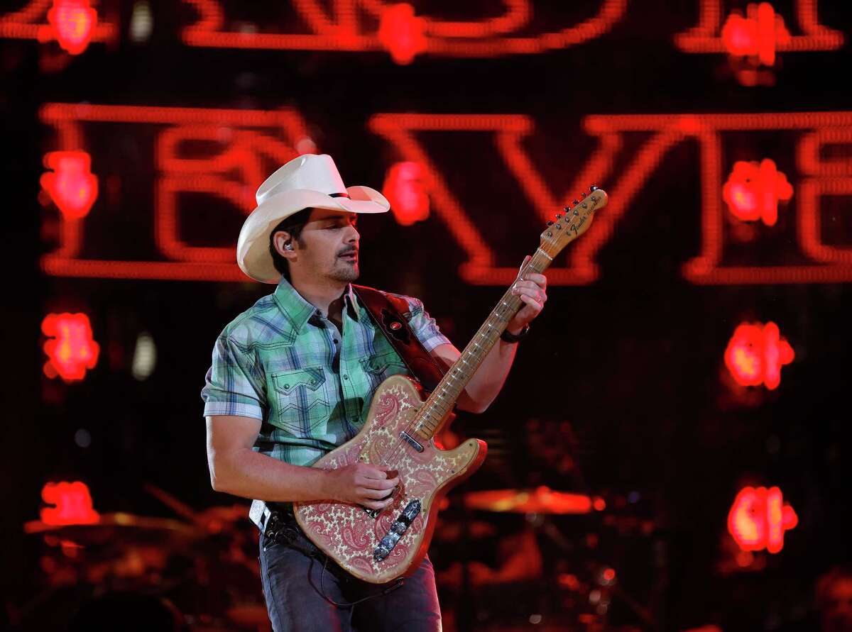 24. Brad Paisley (tie) Date: March 17, 2018 Paid attendance: 75,016