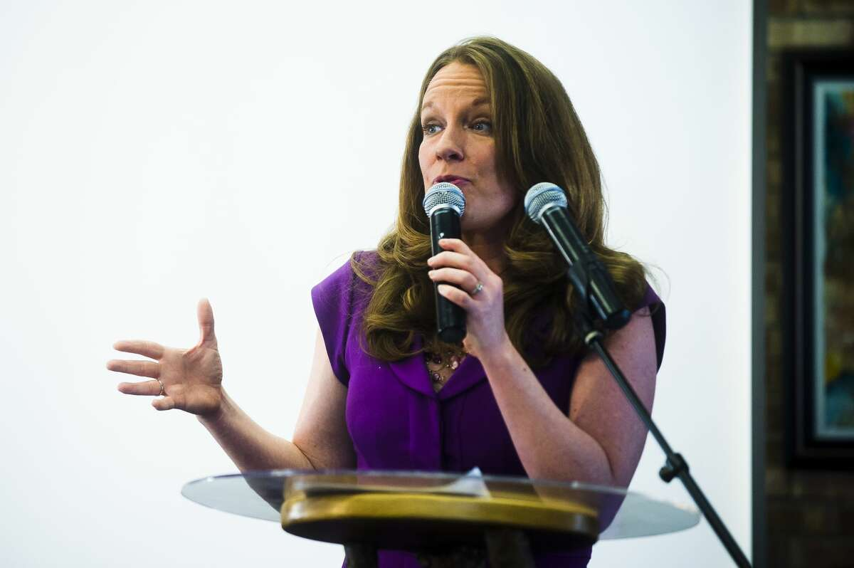 Sarah Schulz addresses the crowd at an event celebrating the announcement of her candidacy for the 98th State House seat on Saturday, March 17, 2018 at Creative 360. (Katy Kildee/kkildee@mdn.net)