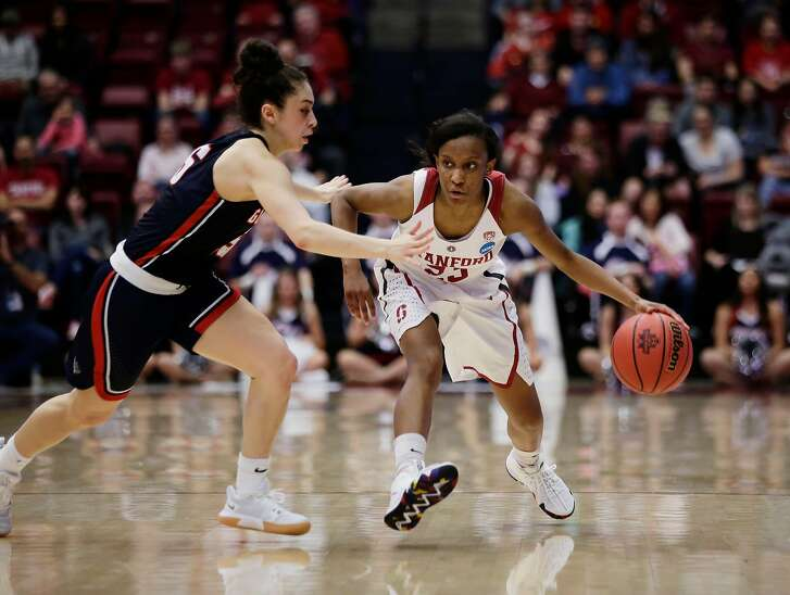 Stanford's Kiana Williams (23) is guarded by Gonzaga's Jessie Loera (15) in the fourth quarter at Maples Pavilion on Saturday, March 17, 2018, in Stanford, Calif.