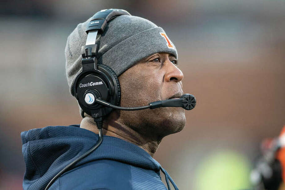 Illinois coach Lovie Smith won't flood the field with freshmen next season as he did in 2017. Only the exceptional will warrant time. Photo: AP