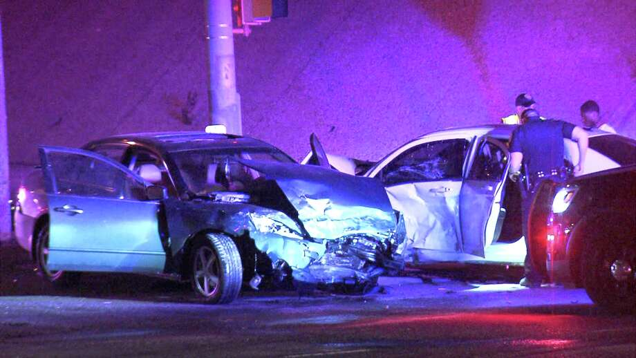 Overnight wreck sends two to the hospital - San Antonio