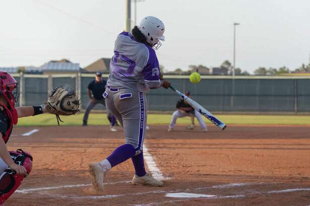 May 11, 2017:  Ridge Point infielder Lauryn Banks goes up to bat during the Regional quarter final playoff game between the Katy Tigers and Ridge Point Panthers at Tompkins Field in Katy,Texas.  (Leslie Plaza Johnson/Freelance)