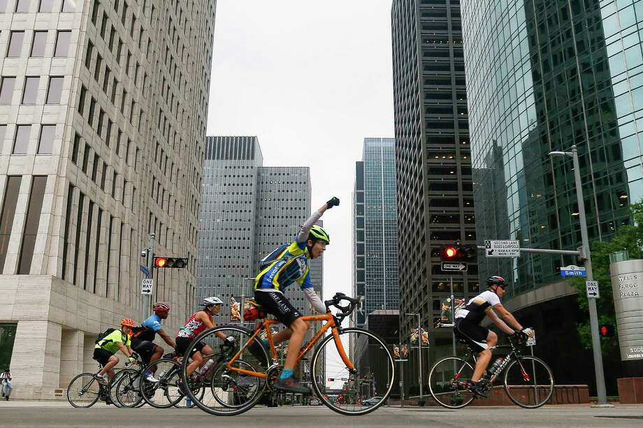 The Houston Bike Summit will be held at 5 p.m. on Monday, April 16, at Saint Arnold Brewing Company. Photo: Michael Ciaglo, Houston Chronicle / Michael Ciaglo