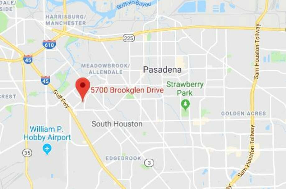 Man Surrenders To Swat Team In Southeast Houston After Threatening