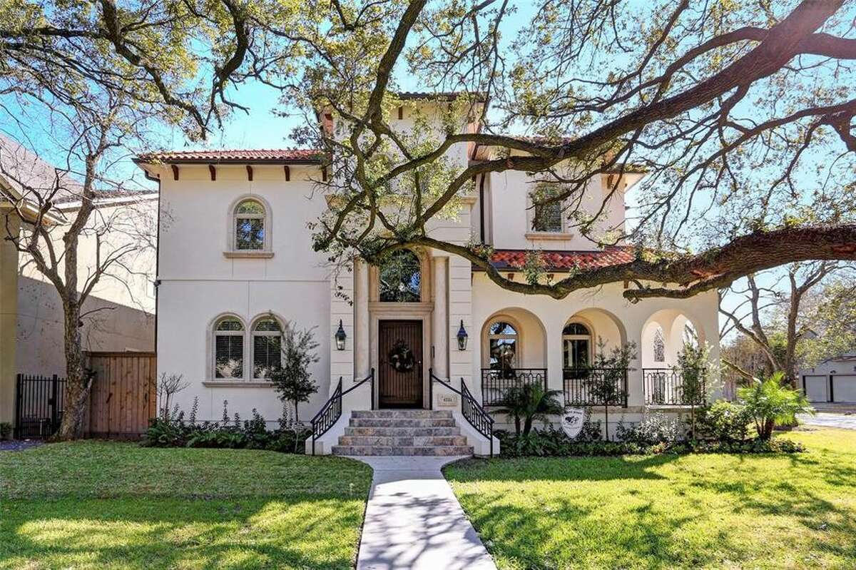 47. Bellaire - Harris County Average household income:$239,105 Photo: A home Houston's Bellaire neighborhood.