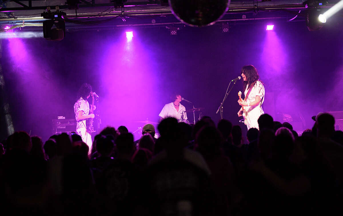 The week-long Heatwave music festival at Paper Tiger brought in The Coathangers on Saturday, March 17, 2018. The St. Mary's Strip venue's Heatwave 3 was a local spin on SXSW that lasted March 12-18, 2018.